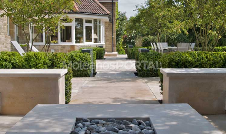 moleanos-classic-garden-project2