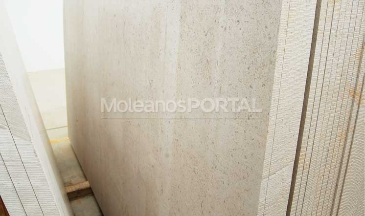 moleanos-classic-slabs