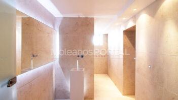 Beige limestone bath decoration